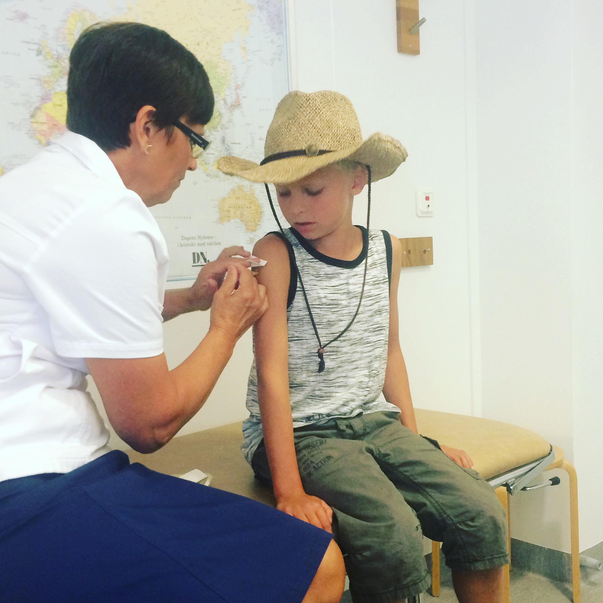 vaccination jorden runt